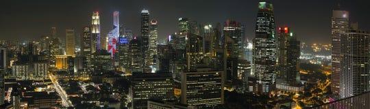新加坡财务区地平线在晚上 免版税库存照片