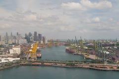 新加坡集装箱码头 免版税库存图片