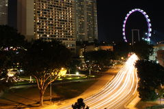 新加坡夜交通 库存图片