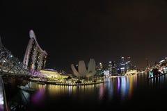 新加坡,小游艇船坞海湾海湾的看法在晚上 免版税库存照片
