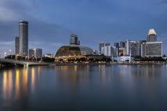 新加坡,新加坡- 2017年11月19日:广场音乐堂,小游艇船坞海湾,新加坡 免版税库存图片