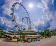 新加坡,新加坡- 2月01 2018年:新加坡飞行物室外看法-最大的弗累斯大转轮在世界上 库存照片