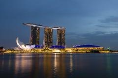 新加坡, 2017年12月9日:新的小游艇船坞海湾在新加坡铺沙手段 免版税图库摄影