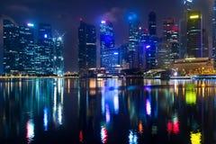 新加坡, 1月2017 10日-小游艇船坞海湾financi的风景 库存照片