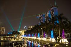 新加坡, 12月20,2013 :新的小游艇船坞海湾铺沙在a的手段 库存照片