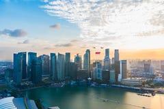 新加坡50年国庆节彩排小游艇船坞海湾烟花 库存图片