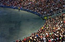新加坡18 2019年5月:全部人在体育场立场地区背景中 免版税库存照片