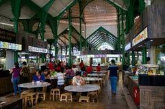 新加坡- 2016年7月23日, :拉乌Pa星期六节日市场以前叫作Telok Ayer -现在它是一桌普遍的承办酒席 免版税库存图片