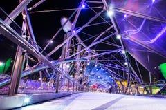 新加坡-10月28日:螺旋桥梁 免版税库存照片