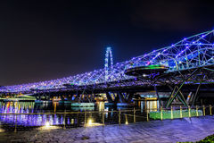 新加坡- 10月29日:2014年10月29日的螺旋桥梁寸 免版税图库摄影