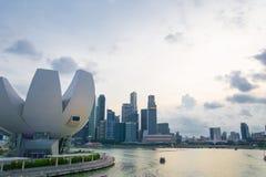 新加坡-2015年7月19日:ArtScience博物馆是一个attra 库存照片