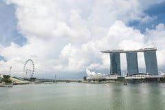 新加坡7月15日2015年:小游艇船坞海湾在新加坡铺沙手段 图库摄影