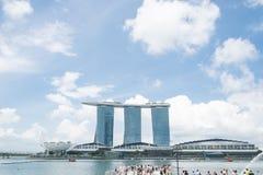 新加坡7月15日2015年:小游艇船坞海湾在新加坡铺沙手段 免版税库存图片