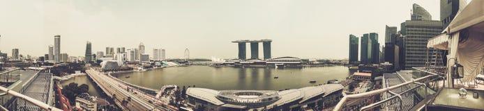 新加坡- 11月13 :小游艇船坞海湾沙子全景视图在新加坡 2015年11月13日 库存照片