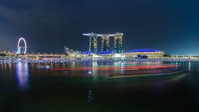 新加坡- DEC 11日2012年:小游艇船坞海湾沙子,世界的多数expensi 图库摄影