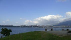 新北市人` s河沿自行车路风景, Taiwa 免版税库存图片