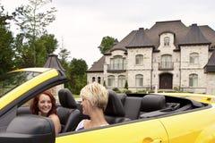 新去的喜悦乘驾的妇女 免版税图库摄影