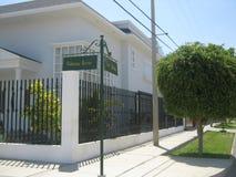 新古典主义的房子 免版税库存图片