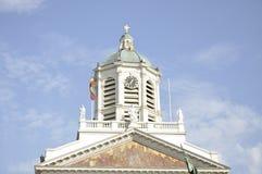 新古典主义的教会 免版税图库摄影