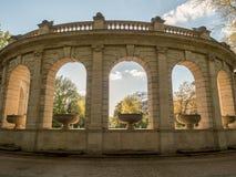新古典主义的眺望台在公园 免版税图库摄影