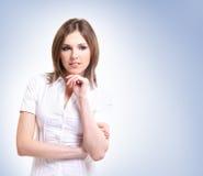 新和可爱的深色的白种人妇女 免版税库存照片