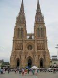 新哥特式Lujan大教堂全视图在Lujan,布宜诺斯艾利斯 图库摄影
