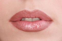 新嘴唇的妇女的 库存照片