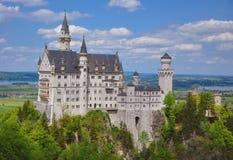 新天鹅堡城堡在夏天,巴伐利亚,德国 免版税库存照片