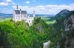 新天鹅堡城堡在夏天,巴伐利亚,德国 图库摄影