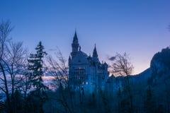新天鹅堡城堡微明 库存图片