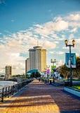 新奥尔良和河步行世界贸易中心  图库摄影