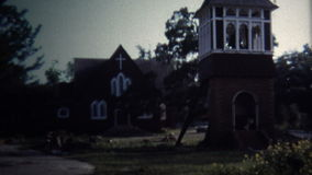 新奥尔良, LA -1971 :改建教会筹款的总统尼克松签了字 股票视频