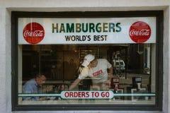 新奥尔良, LA/USA -03-21-2014 :在Bourb的著名三叶草格栅 免版税库存照片