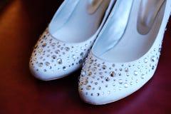 新娘俏丽的鞋子 免版税库存图片
