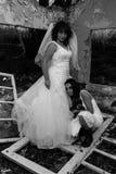 新娘和女孩 免版税库存图片