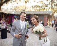 新娘和新郎在招待会 库存照片