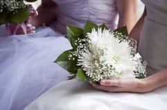 新娘和花束 免版税库存图片