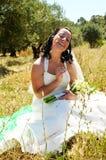 新娘愉快的微笑 免版税库存图片