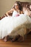 新娘棕色椅子头发长的开会 免版税库存图片