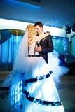新娘舞蹈新郎婚礼 免版税图库摄影