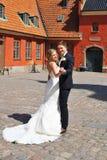 新娘跳舞新郎年轻人 库存照片