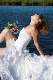 新娘迷人的松弛星期日 库存图片
