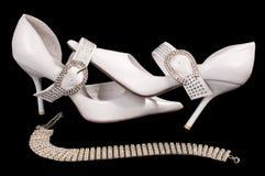 新娘鞋子 免版税库存图片