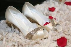 新娘s鞋子 免版税库存照片