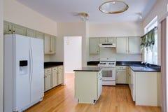 新完成的厨房 库存图片