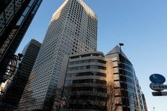 新宿摩天大楼街道视图 库存图片