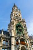 新市镇霍尔Marienplatz的Neues Rathaus在慕尼黑 免版税图库摄影
