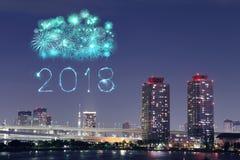 2018新年好烟花闪闪发光在晚上, Odaiba,东京, Jap 免版税库存图片