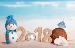 新年题字2018年,而不是第0, c的圣诞节球 免版税库存图片