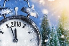新年2018年-与拨号盘时钟的庆祝 图库摄影